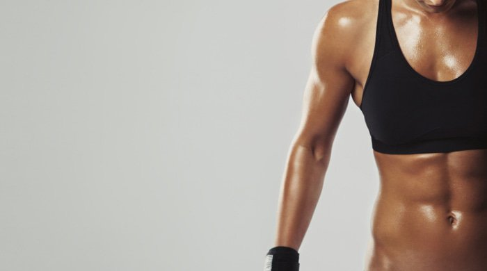 This 6-Move Workout Reveals Your Abs By Targeting Your Entire Core