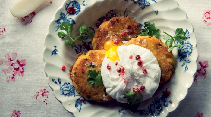 These Yellow Lentil Cakes With Poached Eggs Are The