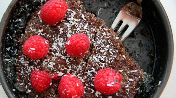 Quinoa-cake-header700