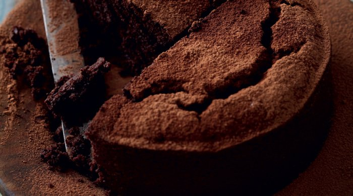 You need to try this beetroot chocolate cake if you like chocolate recipes