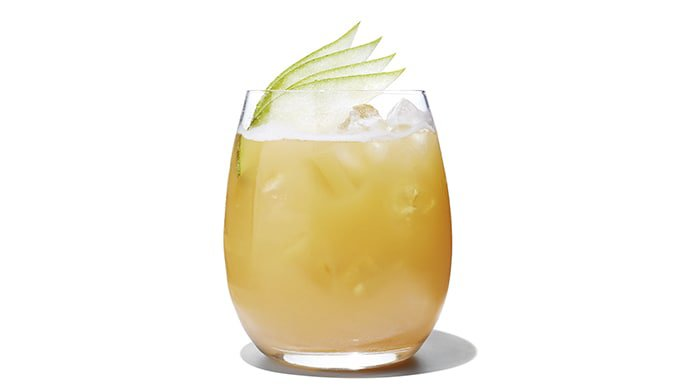 10 Low-Kilojoule Cocktails Worth Sipping On This Summer