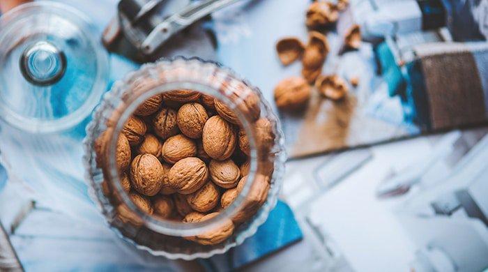 walnuts are a mood-boosting food