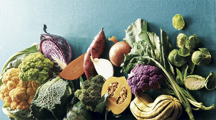 healthy vegetables on a table which you need for the 7-day slim-down plan