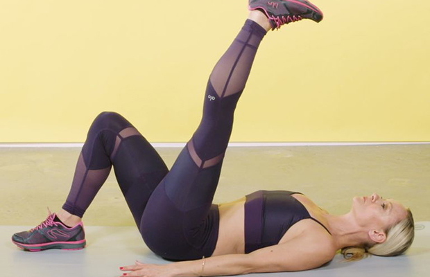 The 20-Minute Bodyweight Workout That Will Tone Your Entire Bod