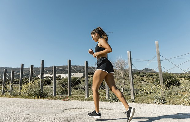 7 Tips To Help You Become A Better And Faster Runner