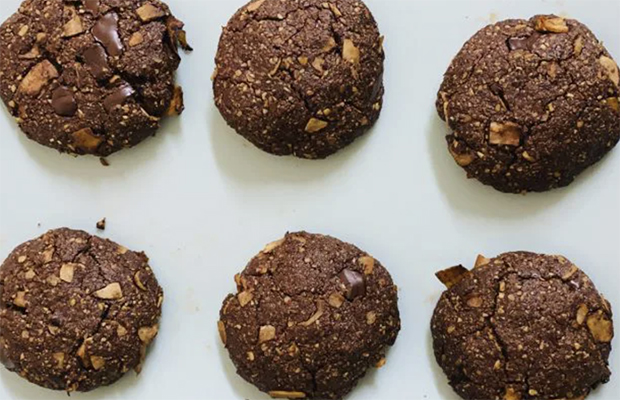 Nut-Free, Gluten-Free, Vegan Chocolate Cookies That Are Better Than Romany Creams